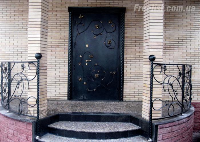 металлические двери на заказа